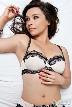 Danielle-Harris-Sexy-Lingerie-Photoshoot-By-Cherie-Roberts-01