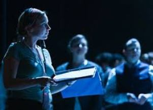 How to Become a Stage Manager
