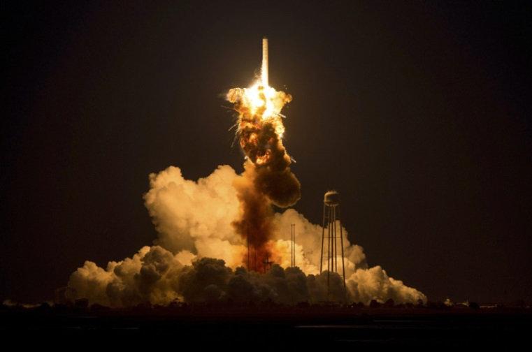 antares rocket explosion