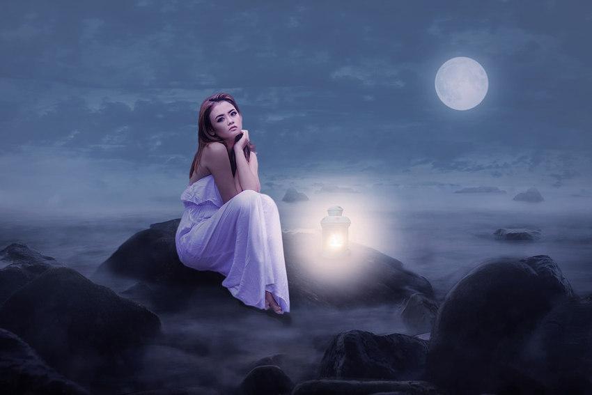 Full Moon and Human Behavior