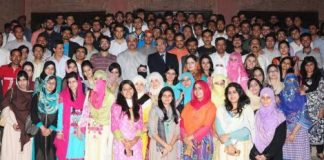 Gcu Lahore Students Group Photo with Dr. Muhammad khaliq ur rahman