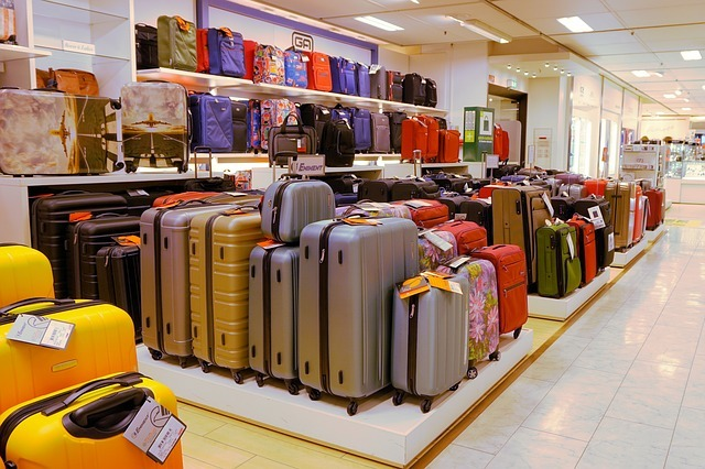 Best packing tips for international family travel with kids