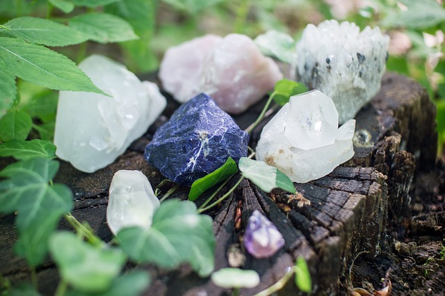 crystal healing crystals and reiki