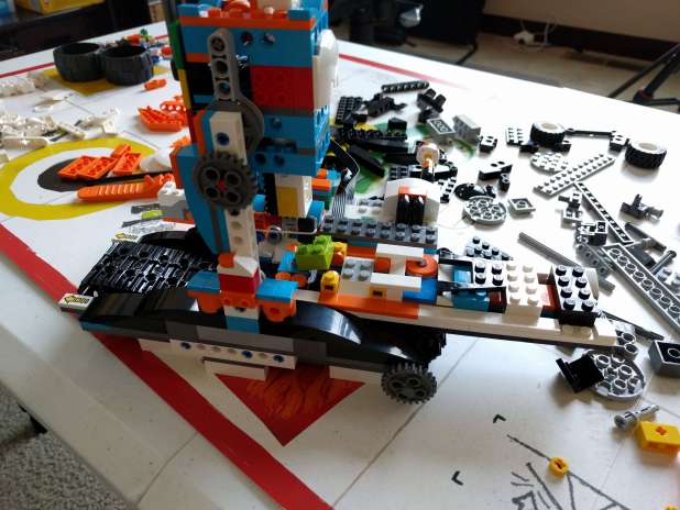 factory model of LEGO Boost in the process of being built