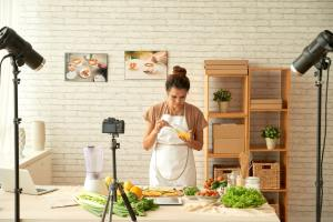 Food blogger cooking