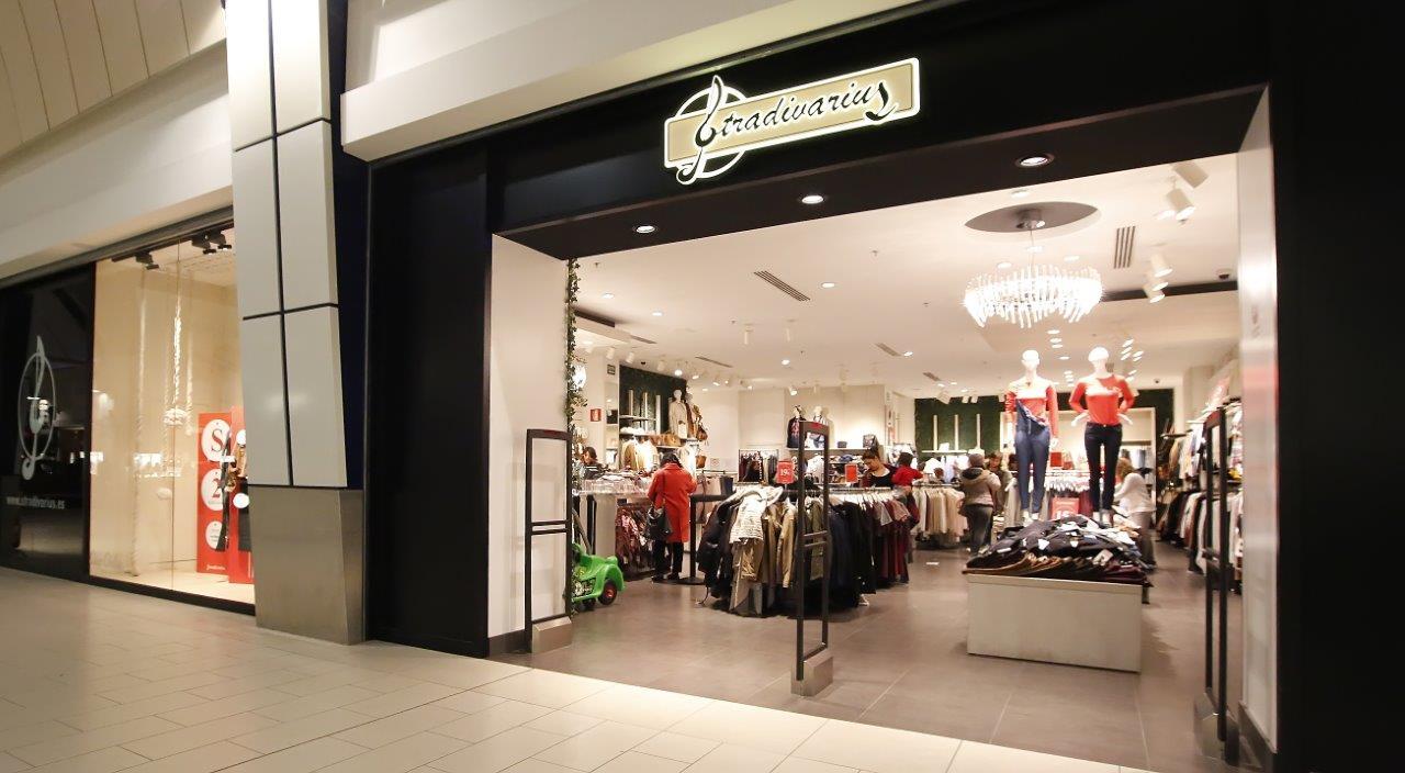 Negozi Le Befane Shopping Centre