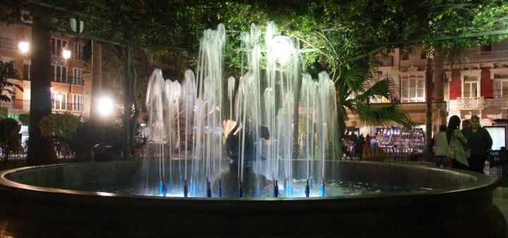 Aguilas, Plaza España