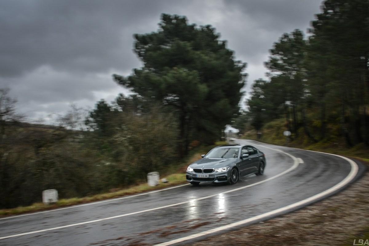 BMW-Serie-5-530d-M-sport-road