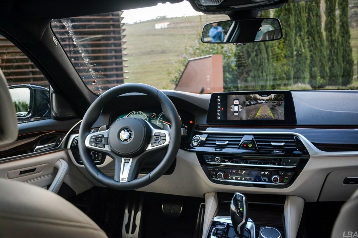 BMW-Serie-5-540i-M-sport-interior