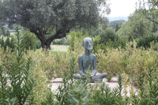 Art-contemporain-déco-statue-jardin