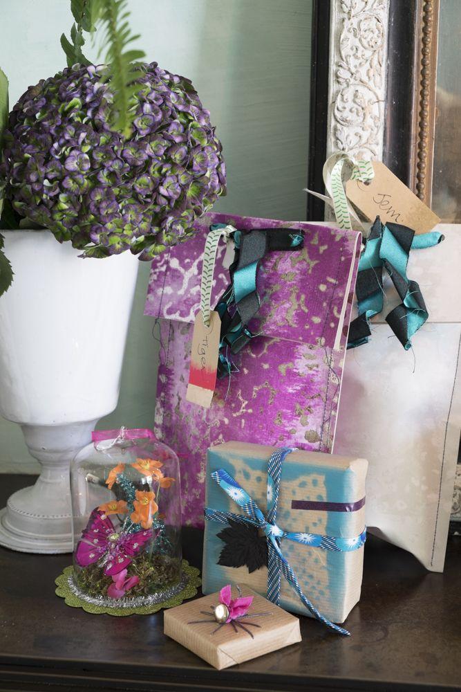 le-noel-coloré-de-tricia-guild-emballages-cadeaux