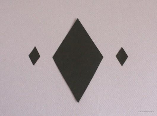 DIY-déco-facile-noeud-de-papillon-en-papier-losanges-noirs