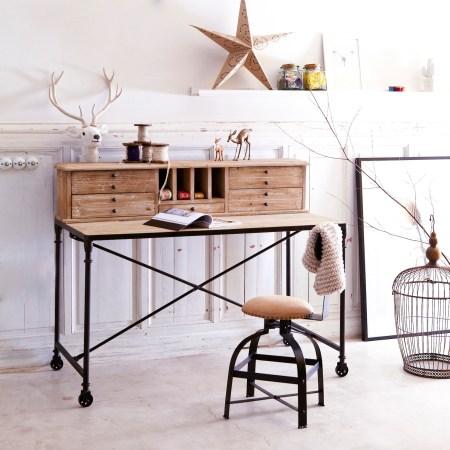 Les-meubles-en-bois-brut-dans-la-déco-Secretaire-pin-Henry-Tikamoon
