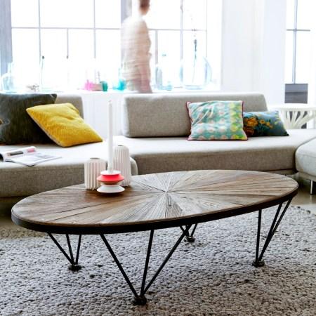 Les-meubles-en-bois-brut-dans-la-déco-Table-basse-metal-orme-Lancelot-Tikamoon