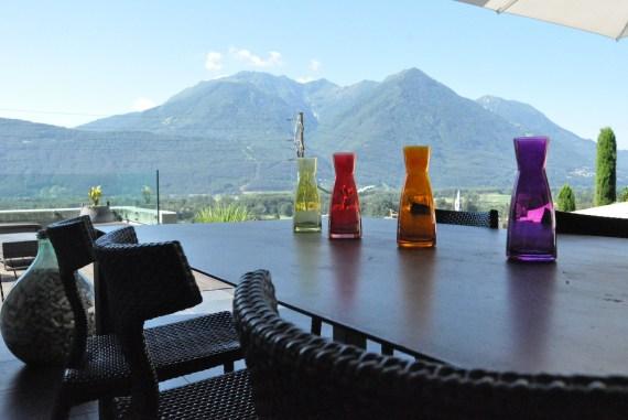 Villa-design-jolie-terrasse-deco-montagne