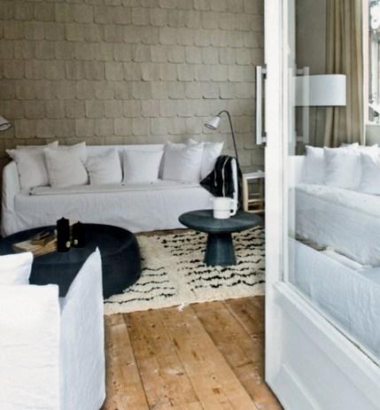 Canapés-houssés-de-lin-blanc- sélection-gervasoni-projects-ghost-hotel