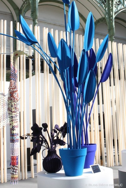 salon révélations fleurs bleue