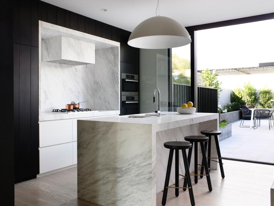 tabouret-cuisine-ilot-central-marbre