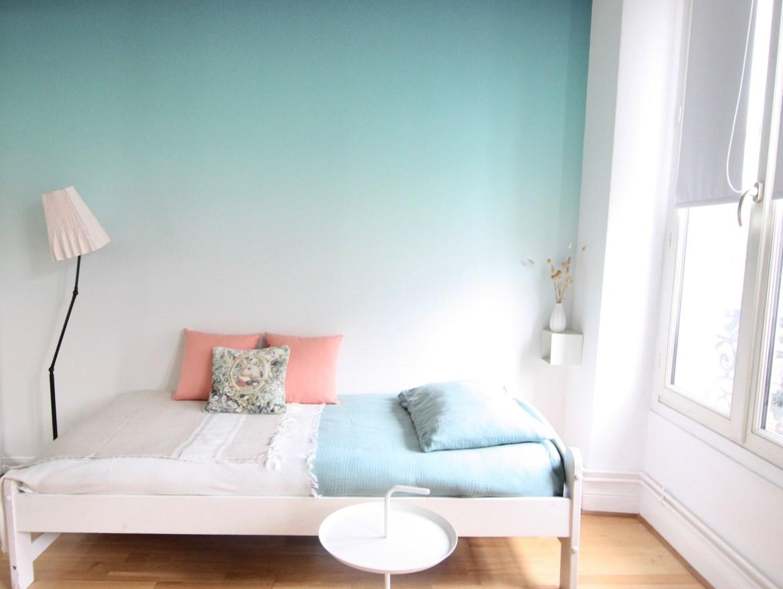 chambre-ado-fille-avec-papier-peint-vert-degrade