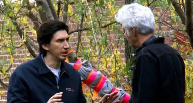 Jim Jarmusch et Adam Driver en pleine discussion sur le tournage de Paterson.