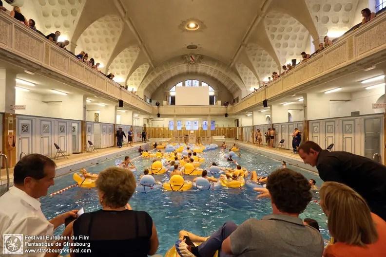 projection de Les Dents de la mer aux bains municipaux © Nicolas Busser