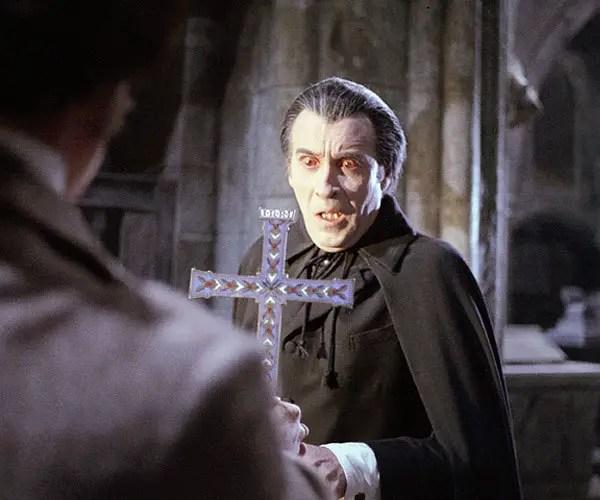 Christopher Lee dans Une Messe pour Dracula (Peter Sasdy, 1970)