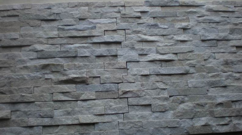 parement en pierre naturelle passez de l 39 inspiration l 39 ex cution le bricomag. Black Bedroom Furniture Sets. Home Design Ideas