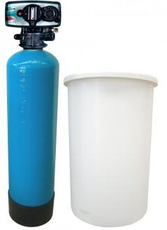 Un adoucisseur d'eau bi-bloc