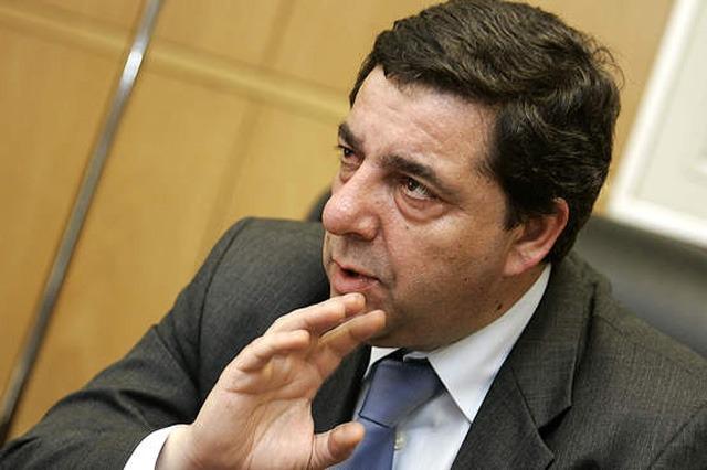 Guilherme Pinto - Critica Galp