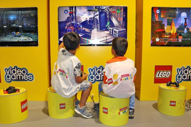 LEGO FUN FACTORY do MAR Shopping Matosinhos