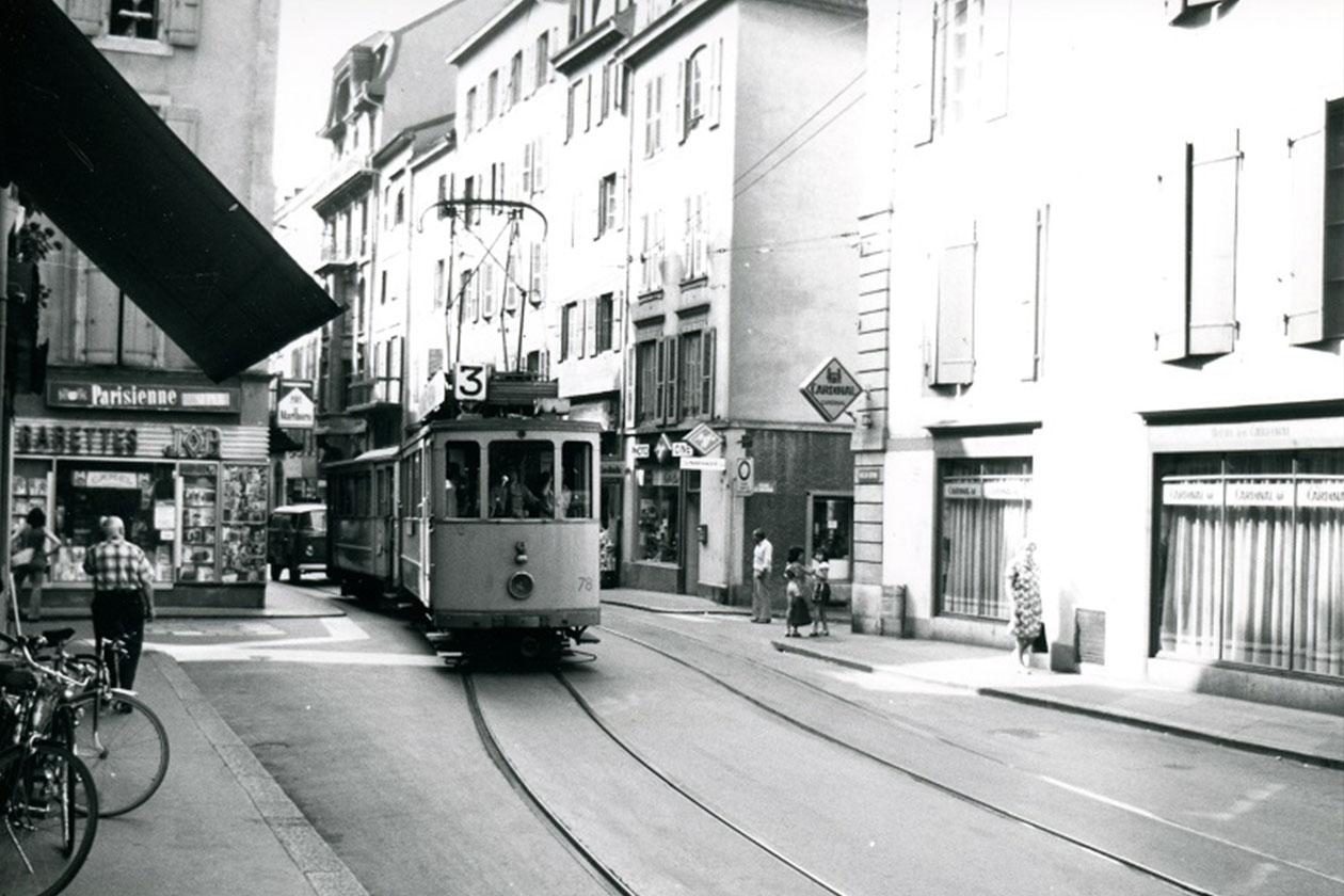 Brasserie le Cardinal Neuchâtel rue du Seyon en 1976