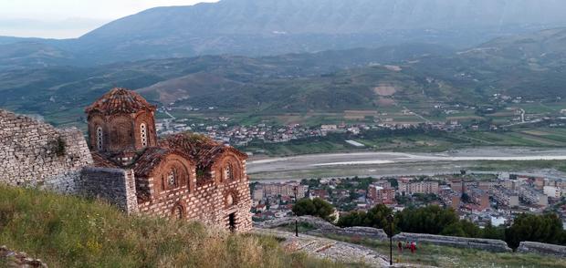 Mirëdita Shqipëria !