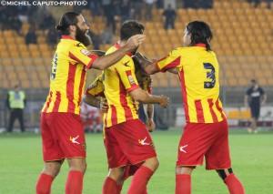 esultanza Lecce dopo gol al Cosenza