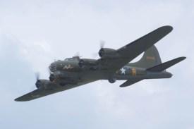 Boeing B-17 Fortress G-BEDF Flying Legends 2015
