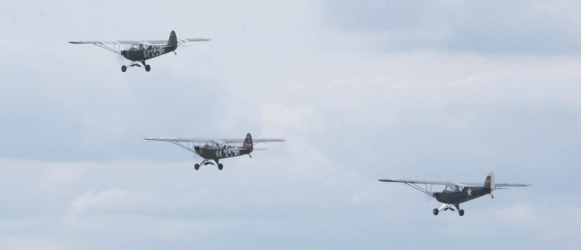 Piper L-4 Grasshopper x3 - 01 Flying Legends 2015