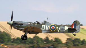 Spitfire Mk V EE602 G-IBSY (Photo © David Whitworth)