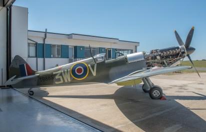 Le Spitfire Mk XVI TB885 (Photo© George Land)