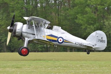 Le Gloster Gladiator-L8032/G-AMRK (Photo Alan Wilson (CC BY-SA 2.0))