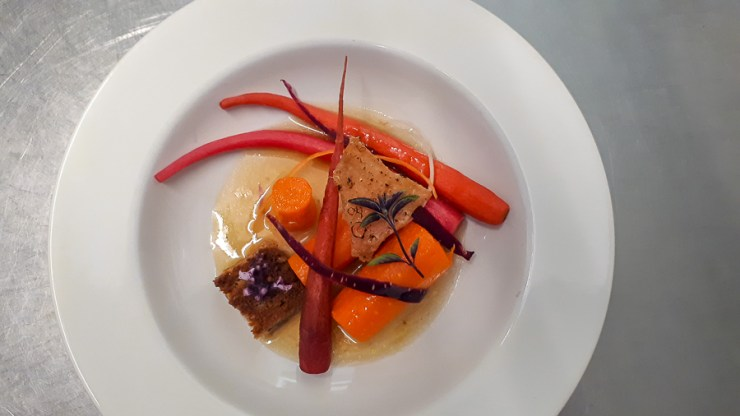 A plate of healthy carrots