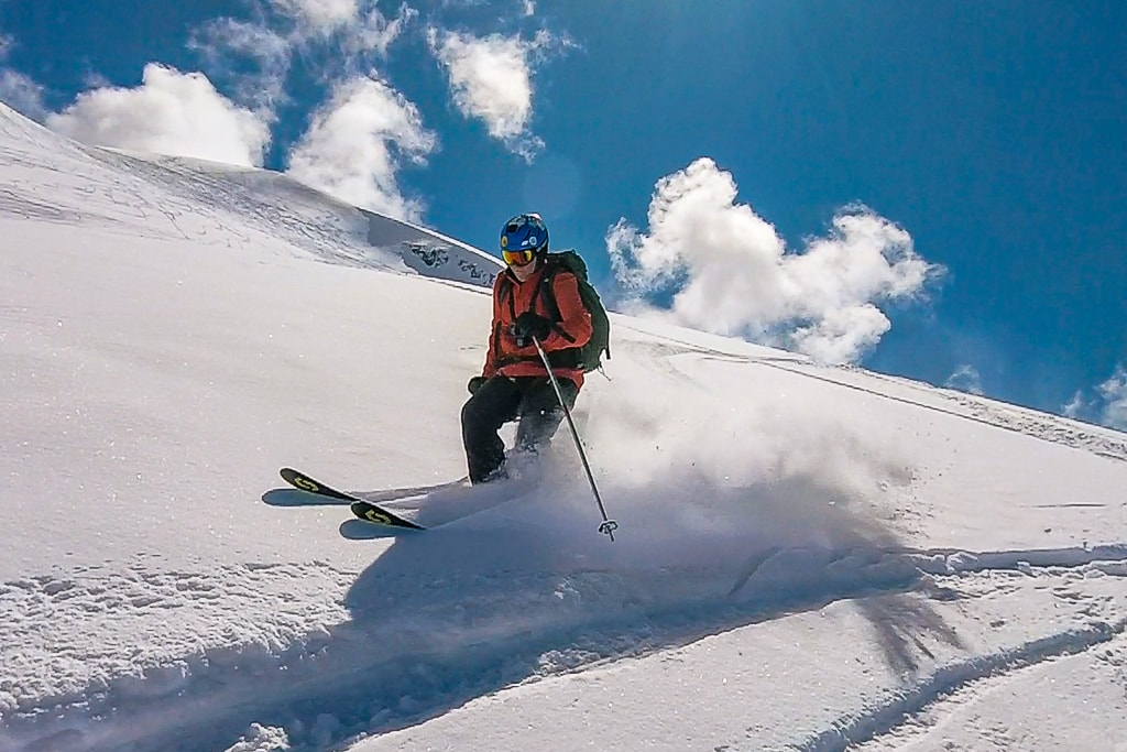 spring skiing in la grave