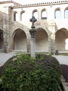 Le cloître de la Chapelle Sainte Roseline, aux Arcs sur Argens...