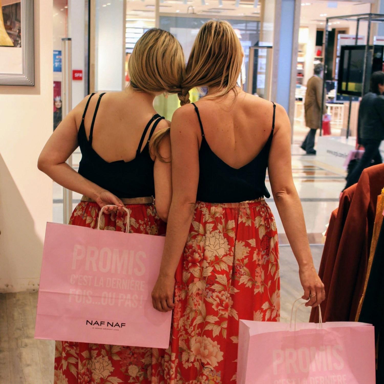 Encore un beau moment entre copines de shopping !