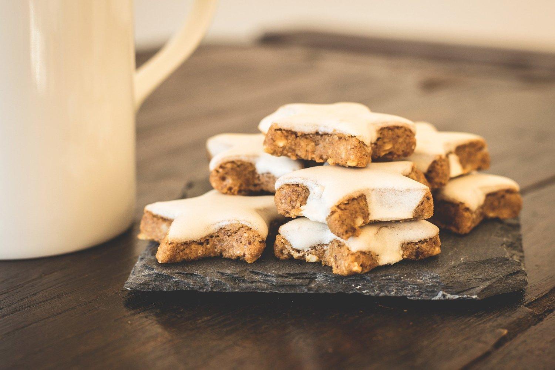 Manger des cookies ? Un petit bonheur à savourer devant les téléfilms de Noël !