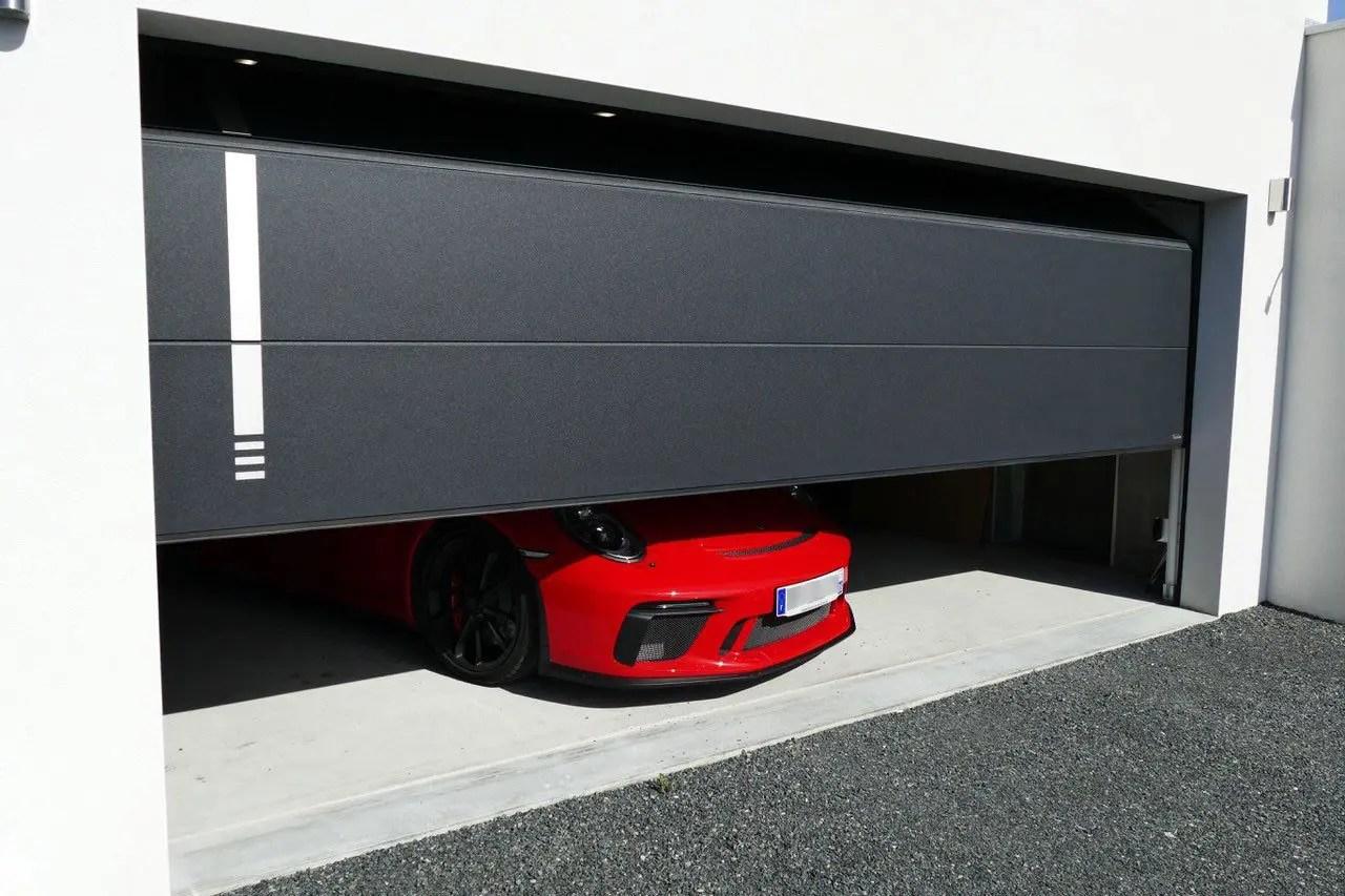 Porte de garage Plafond60 Finition Xooz d'Aludoor