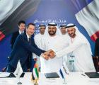 Eric Scotto, président co-fondateur d'Akuo Energy, Mohammed Al Muallem, vice-président senior des Emirats Arabes Unis et directeur général de DP World, et Mohammed Abdulghaffar Hussain, président de Siraj Power