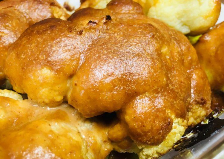 Gerösteter Blumenkohl mit Erdnuss-Miso-Sauce