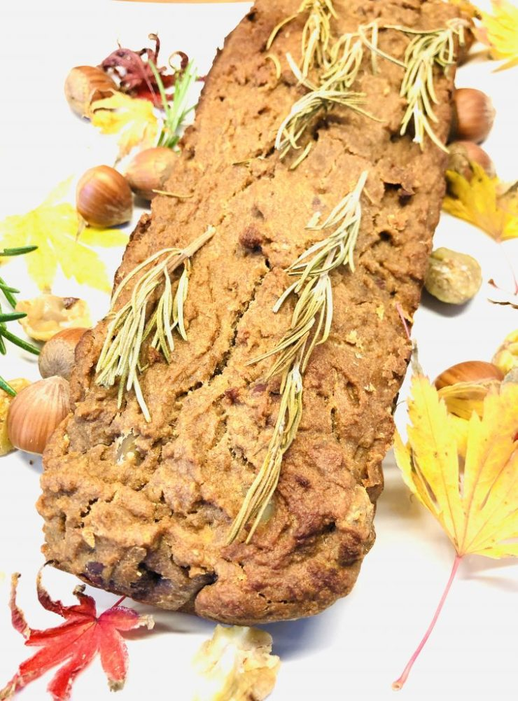 Kastanien Brot mit Maronen und Haselnüssen
