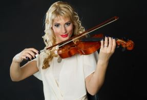 girl violinists