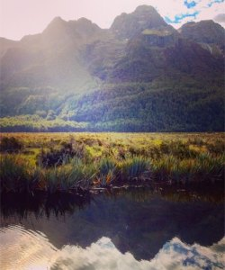 Mirror_lakes_fiordland