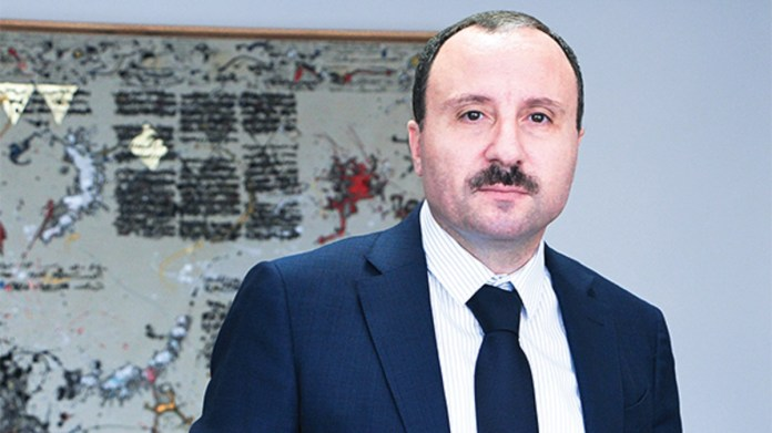 Bassem Loukil - l'économiste maghrebin